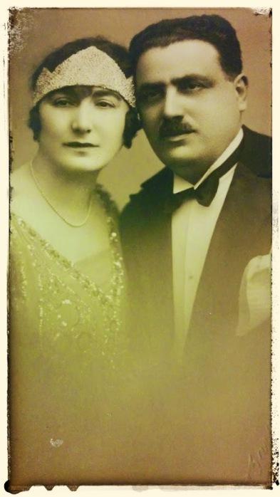Tata si mama in anii '20