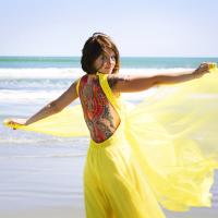 Corina Bacalu: fata cu parul ca un curcubeu de...fructe (II)