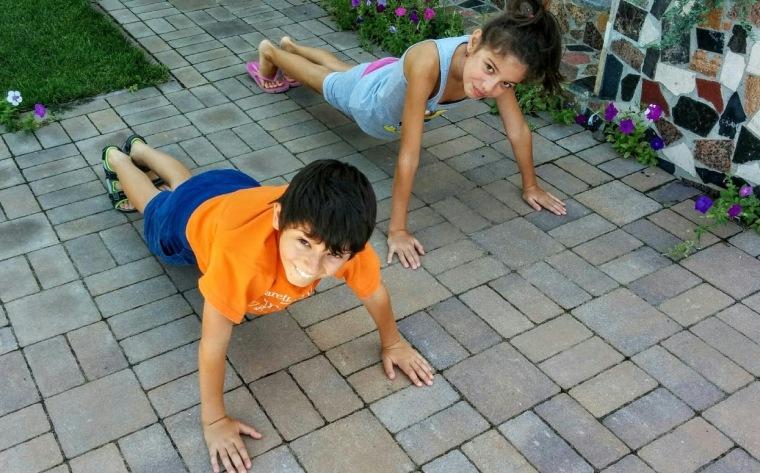 Gia-cameraman si Alex-partener de fitness